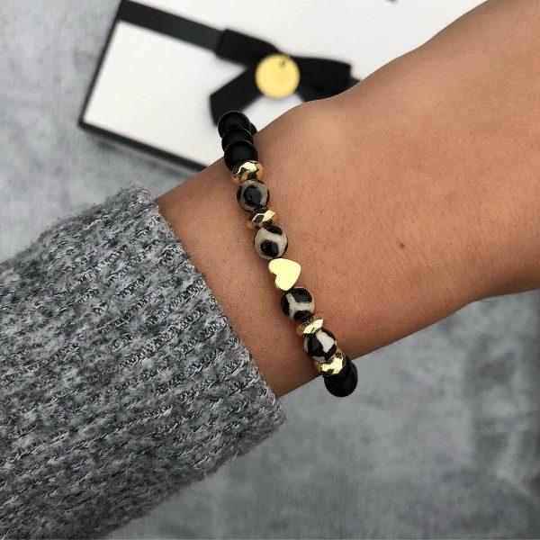 Arany szives leopárd mintás karkötő