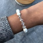 Fehér kristályos női ásvány karkötő